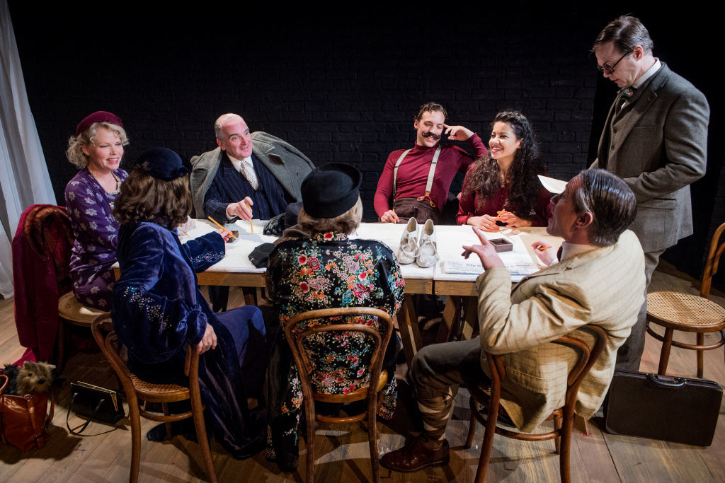 The Company of Tonight at 8.30 (photo Robert Workman
